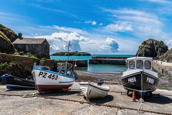 Mullion Cove photograph Cornwall