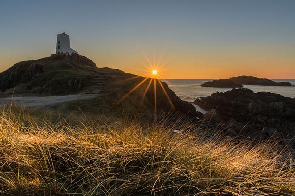 twr mawr lighthouse sunset photo llanddwyn island anglesey north wales