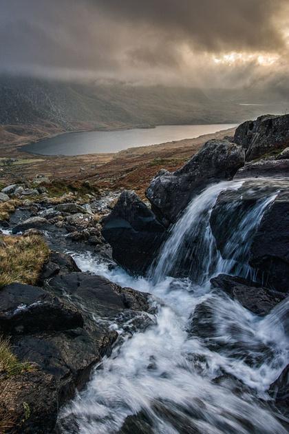 ogwen valley photo glyderau mountains snowdonia north wales waterfall