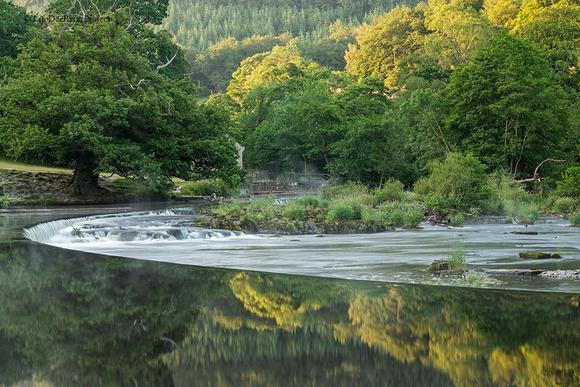 Chainbridge sunrise Berwyn Llangollen River Dee