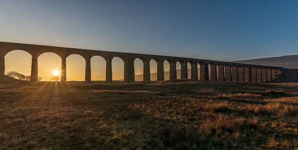 ribblehead viaduct yorkshire dales sunset photo