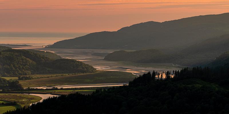 Precipice walk sunset dolgellau mawddach estuary north wales