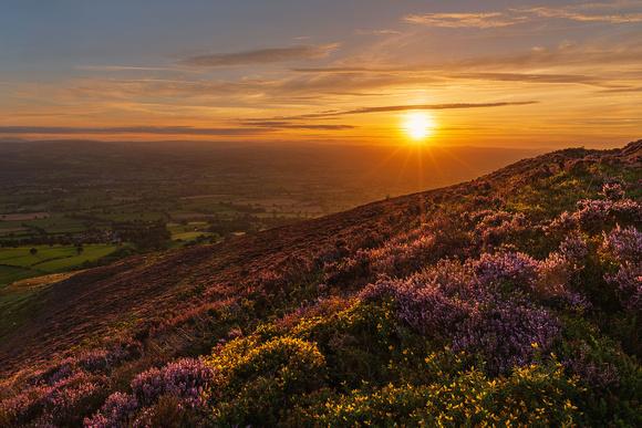 clwydian hills sunset photo Foel Fenlli vale of clwyd