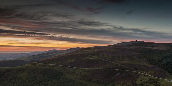 moel famau setting sun photo Foel Fenlli clwydian hills