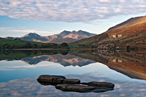 Snowdon sunrise photograph - Landscape phoitographer of the year 2008