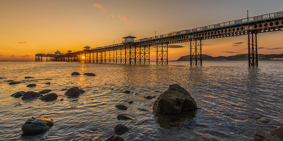 Llandudno pier sunrise photo north wales