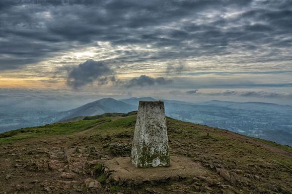 malvern hills worcestershire beacon photo misty summit