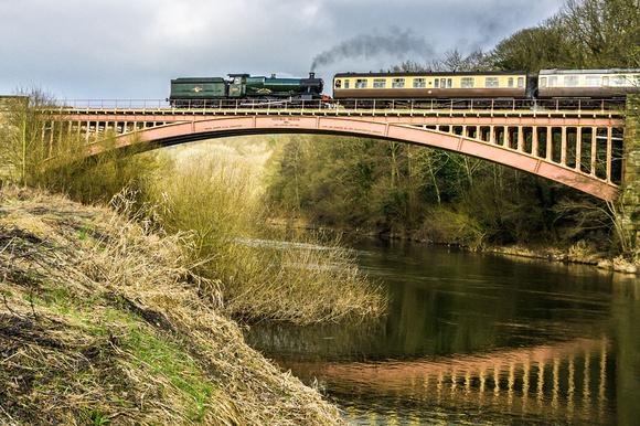 severn valley railway river arley station bridgend steam engine