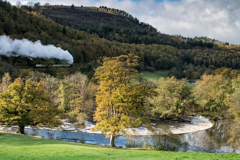 llangollen railway steam engine horseshoe falls autumn photo