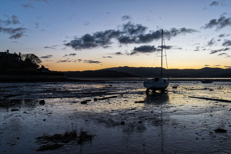 borth y gest sunrise photo north wales llyn peninsula