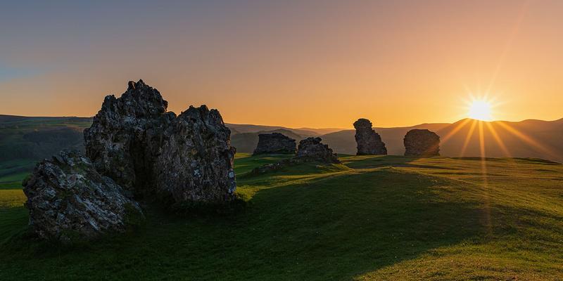 sun set from Castell Dinas Bran above Llangollen
