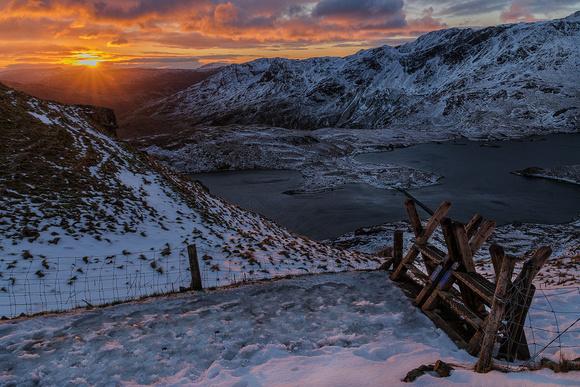 snowdon pyg track winter sunrise snow mountains snowdonia photo north wales